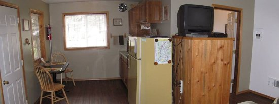Kettle Falls, WA: Cabin 3 kitchenette
