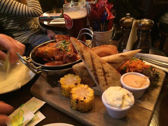 Ennis, Ireland: Brogans Bar & Restaurant
