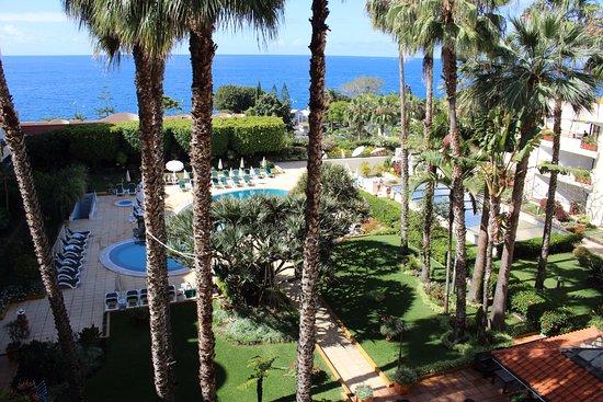 Suite Hotel Eden Mar: Schitterende tuin.