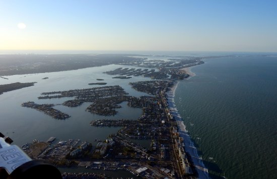 Sky Surfing Scenic Intro Flights: Early morning Sunday over Clearwater beach. Here or bed? Here everytime!