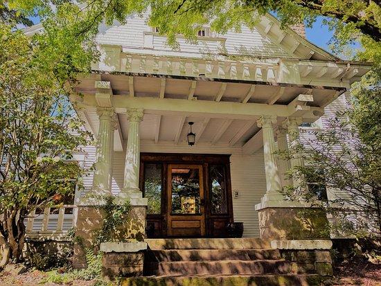 Evermore Guesthouse Division Inns Bewertungen Fotos