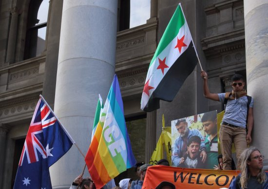 Parliament House: Syrian support at the steps outside