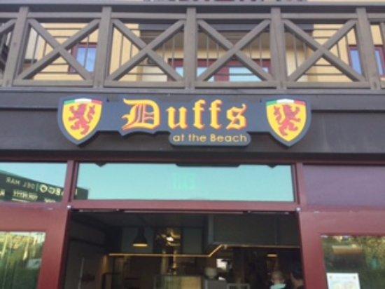 Encinitas, CA: Front of restaurant