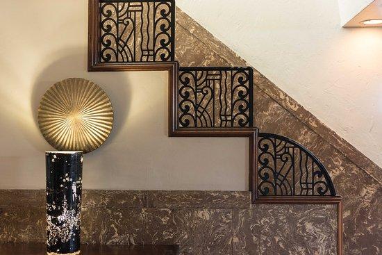 Art Deco Walks Cast Iron Stair Rail In Es House