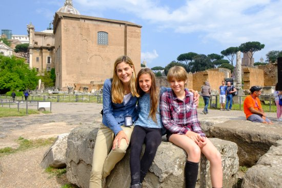 ‪Rome Tours With Kids by Maria and her team‬