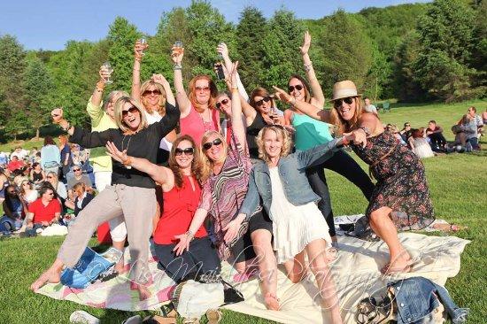 Scott Township, Pennsylvanie : summer kick off party every june