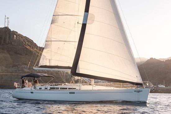 Karolka Yacht Charter