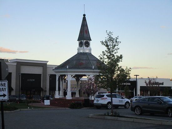 The Gazebo At Garden City Center