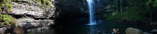 Rising Fawn, GA: Cherokee Falls panorama shot.