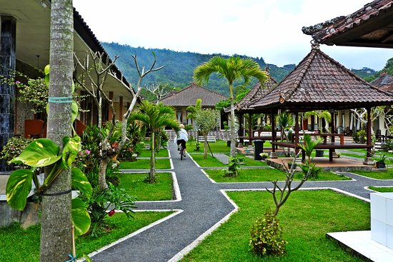 Hotel Segara and Restaurant Photo