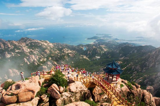 Private Day Trip to Laoshan Mountain...