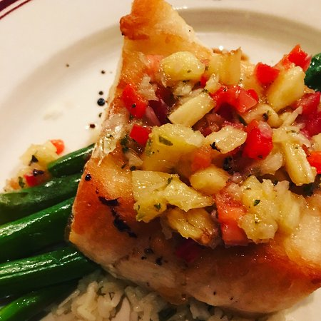 Ryan's Steak Chops & Seafood: Chilean sea bass with basmati rice and asparagus