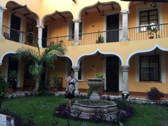 Hotel Montejo: Hotel Courtyard