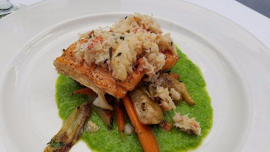 Sardine Factory: Salmon with crab