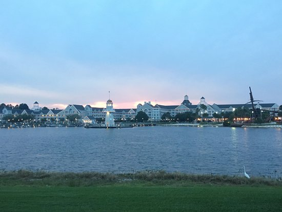 Disney S Yacht Club Resort And Beach View From The Boardwalk