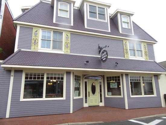 Linda Jean's Restaurant: Great Family Style Restaurant