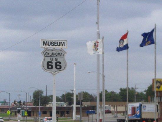 Κλίντον, Οκλαχόμα: The sign