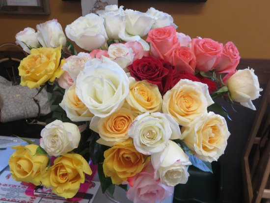 Spring Lake, MI: Roses for each mom on Mother's Day