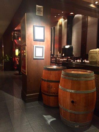 Mantra Restaurant & Bar: photo2.jpg