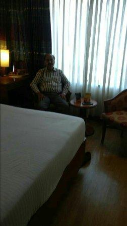 Fariyas Hotel Mumbai: goibibo_1494958919319_large.jpg