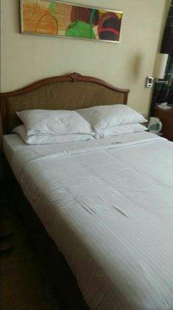 Fariyas Hotel Mumbai: goibibo_1494958918564_large.jpg