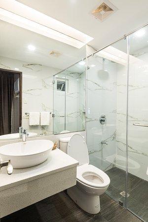 Lenox Hotel : Studio Room Bathroom