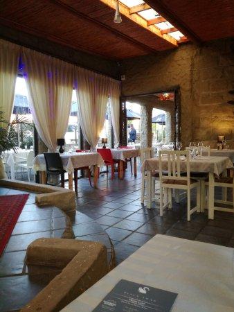 The Black Swan Restaurant & Wine Bar : The Black Swan quiet and pleasant