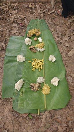 Luang Namtha, Laos: Traditional Laos food served on a banana leaf!! Delish