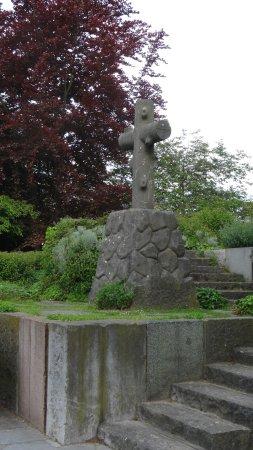 Woluwe-Saint-Lambert, Belgium: Parc Georges Henri - Detail