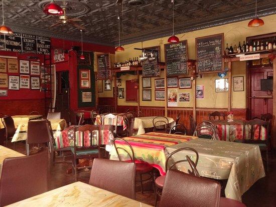 The Radium Beerhall : Interior