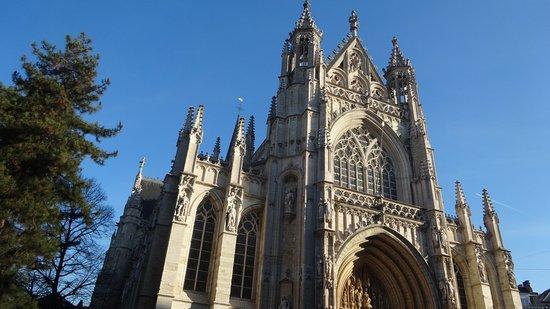 Notre Dame du Sablon - Vue of the Church