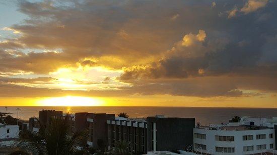Apartamentos Fariones: Der letzte Morgen, Blick von der Dachterasse