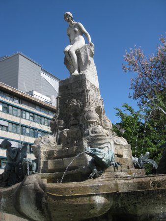 Marchenbrunnen -  fountain of fairy tales
