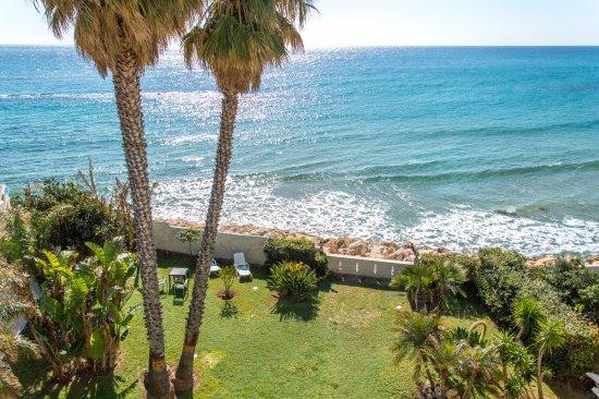 B&B La Terrazza sul mare - Prices & Reviews (Sicily/Avola ...