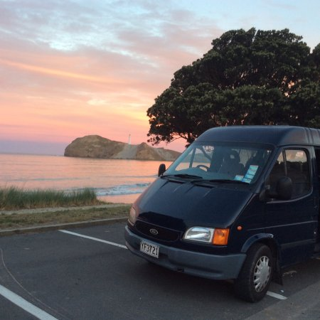 Wairarapa, نيوزيلندا: Castlepoint sunset