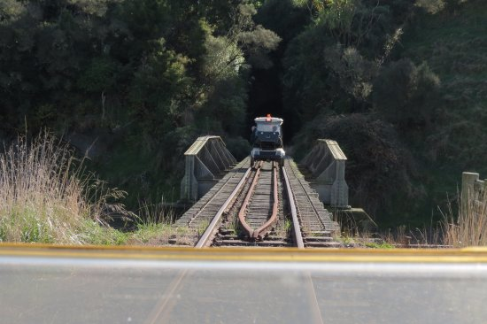 Taumarunui, Nowa Zelandia: One of several bridges.