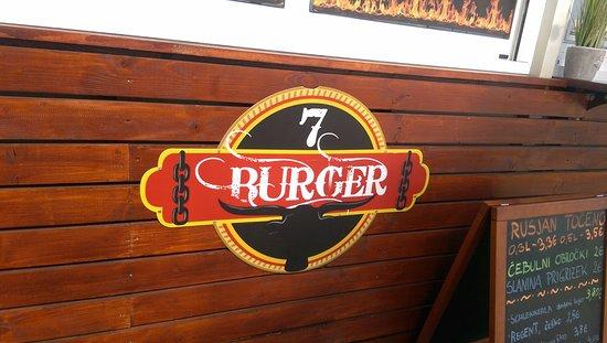 Kamnik, Slovenien: 7 burger