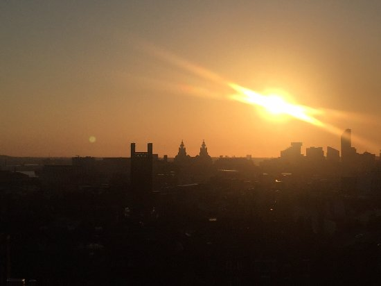 Hope Street Hotel: Sunset on the roof terrace