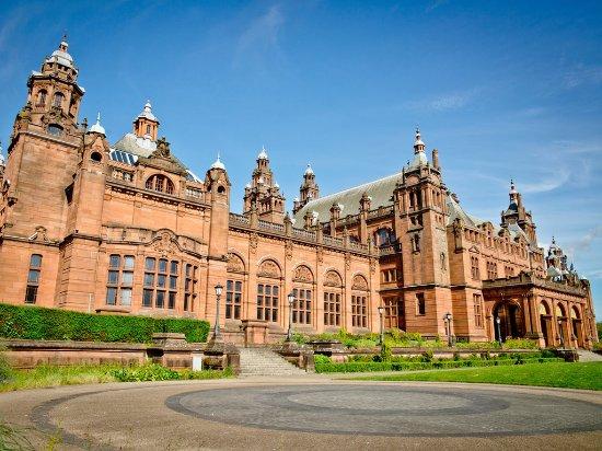Glasgow, UK: Kelvingrove Art Gallery and Museum