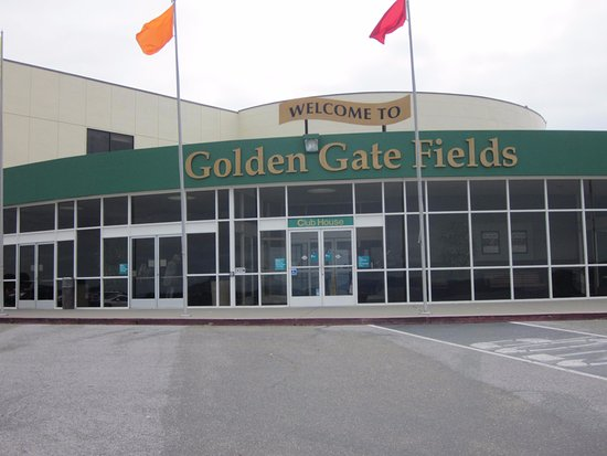 Golden Gate Fields: Entrance to the course