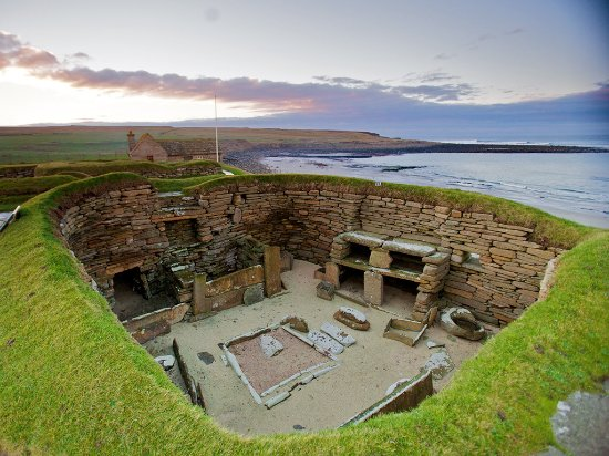 Kirkwall, UK: The neolithic village of Skara Brae