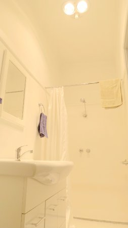 New Norfolk, Australien: Clean Bathroom Type 4