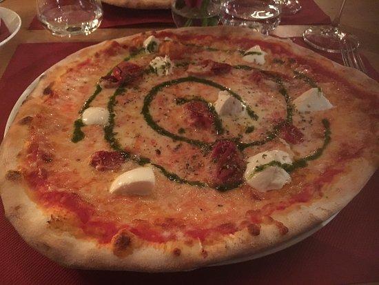 Marco Polo: Pizza buonissima