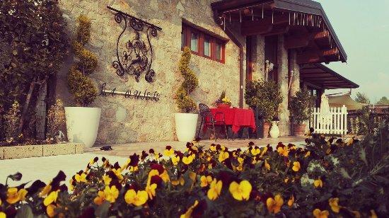 Puegnago sul Garda, Italia: l'entrata dice tutto