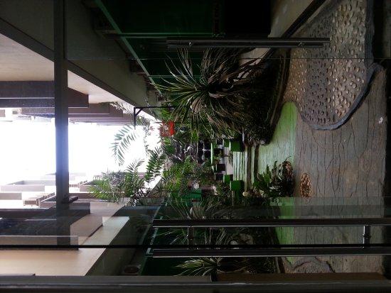 Zahra Syariah Hotel Kendari: 20170223_091214_large.jpg