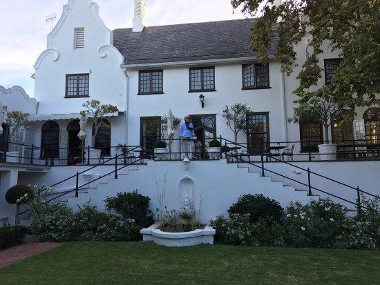Claremont, Sudáfrica: Blick auf die Gartenseite.