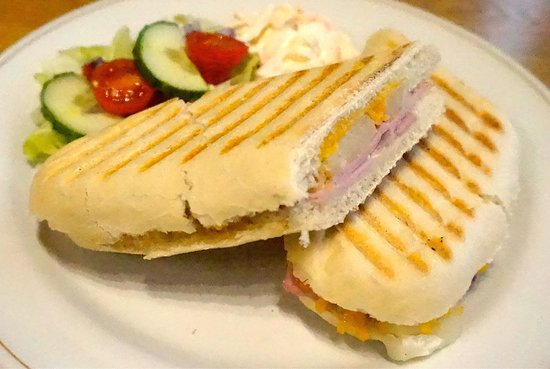 Annan, UK: Paninis, Sandwiches & Homemade Soups