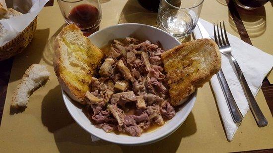 Borgo San Lorenzo, إيطاليا: Il piatto del lapredotto ('na trippa )