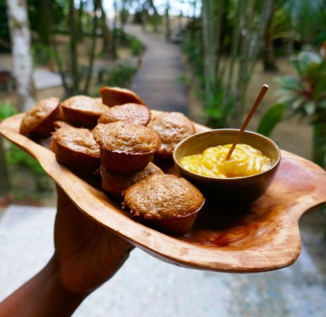 Isla Bastimentos, Panama: different delicious snacks served every day
