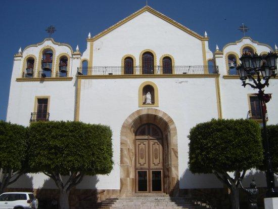 Iglesia Parroquial de Santa Maria de Ambrox